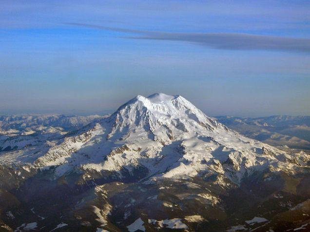 Mt_Rainier_peaks